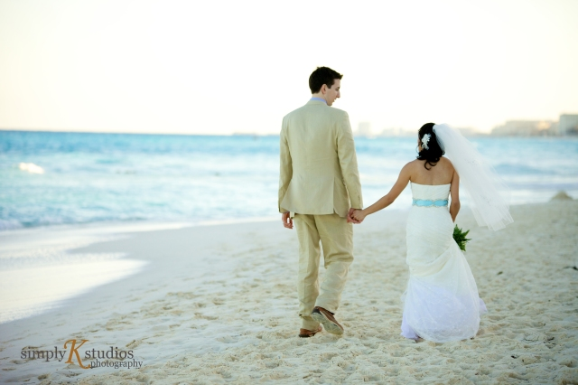 Gran Caribe Real Cancun Wedding Photographers
